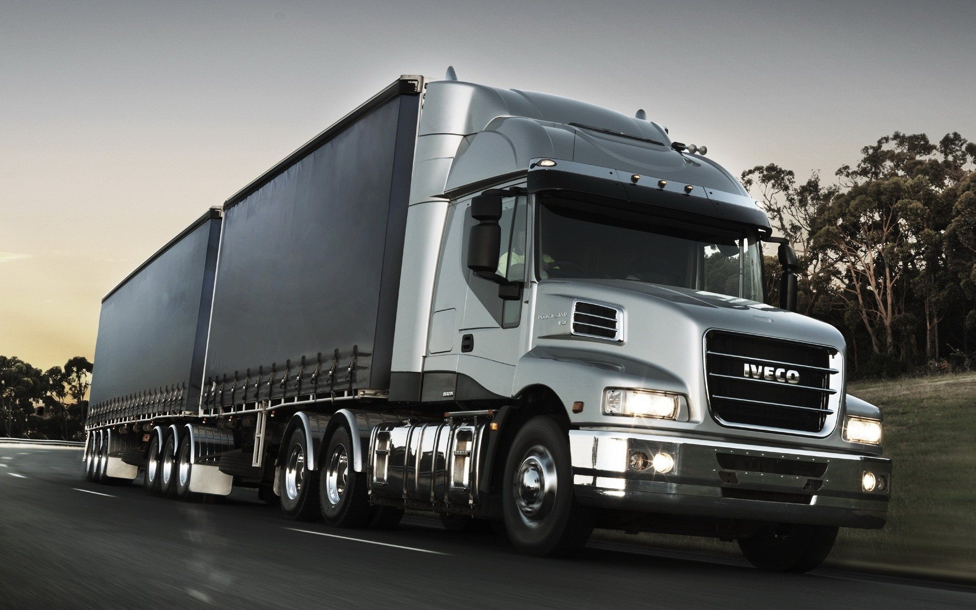 iveco-truck-wallpaper-free-download